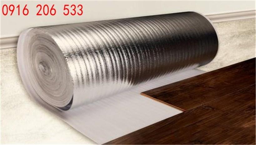 Mút xốp 2mm tráng bạc lót sàn gô