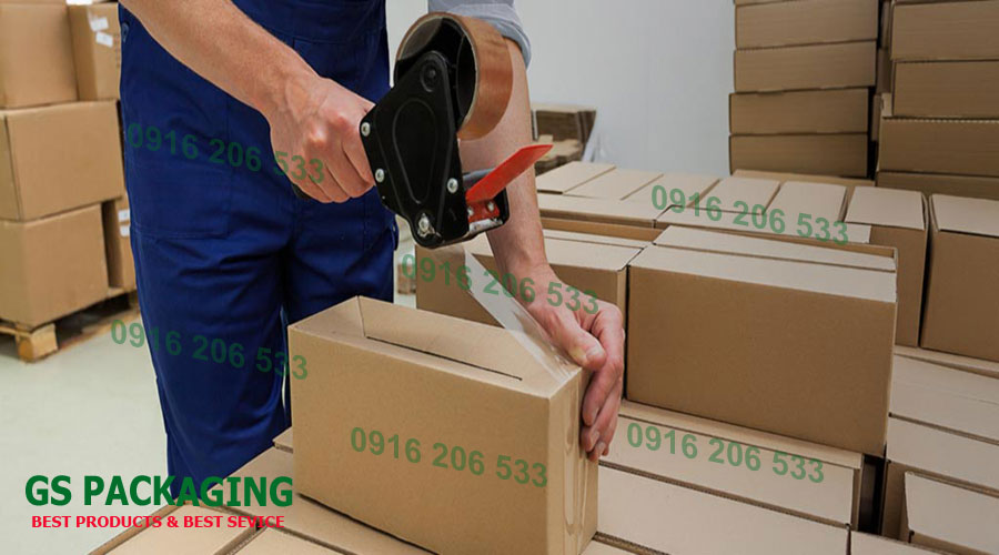 Hộp giấy hoặc thùng carton bảo vệ hàng hóa