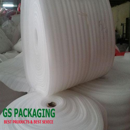 Cuộn mút xốp màu trắng 5mm